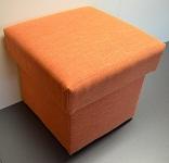 Taburet čalouněný oranžový