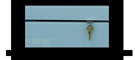 Věšák na klíče s šedým sklem /Key hanger/ Schlusselbretter/